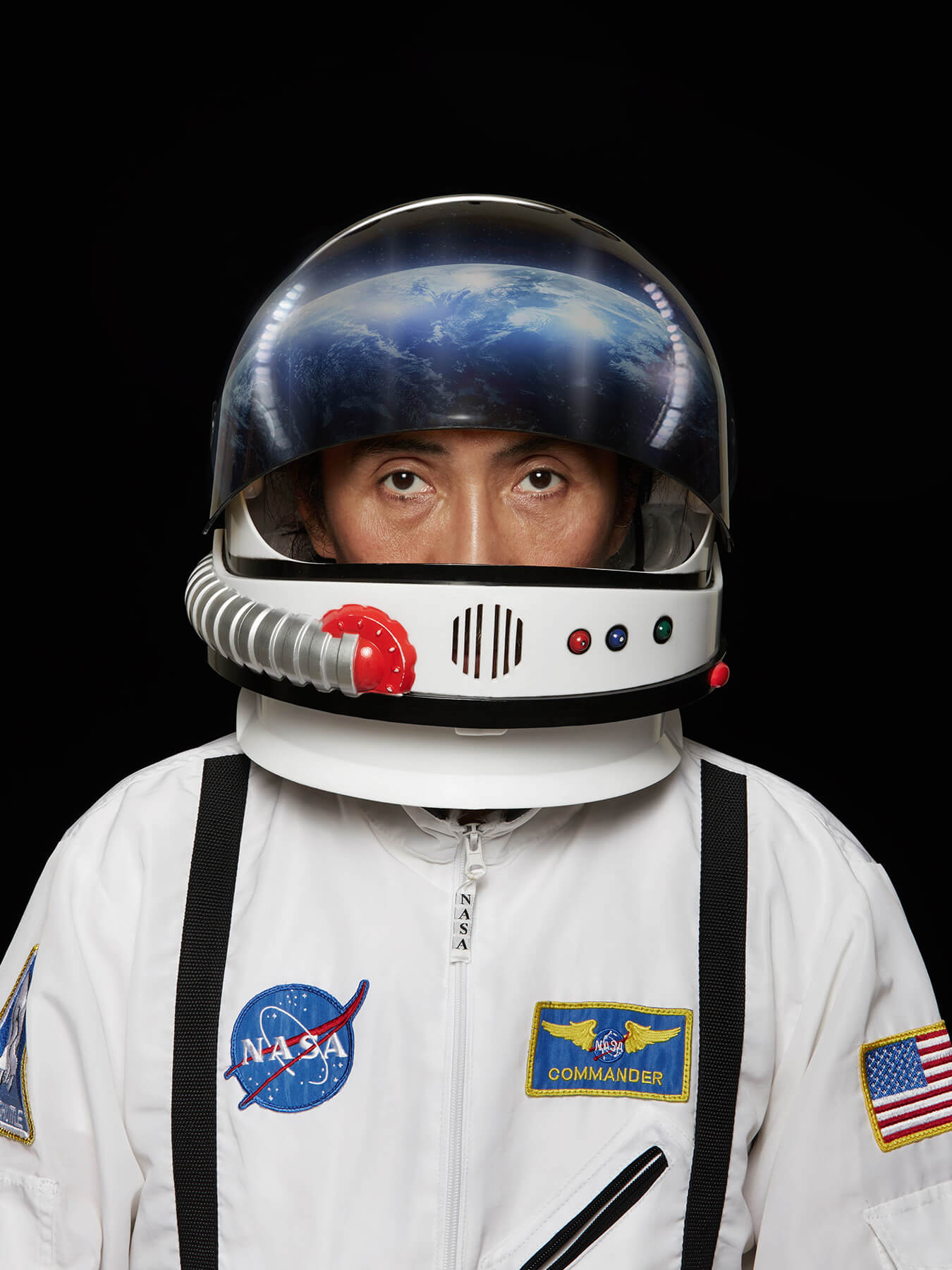 13 Jan 2018 Derong is dressed as an astronaut