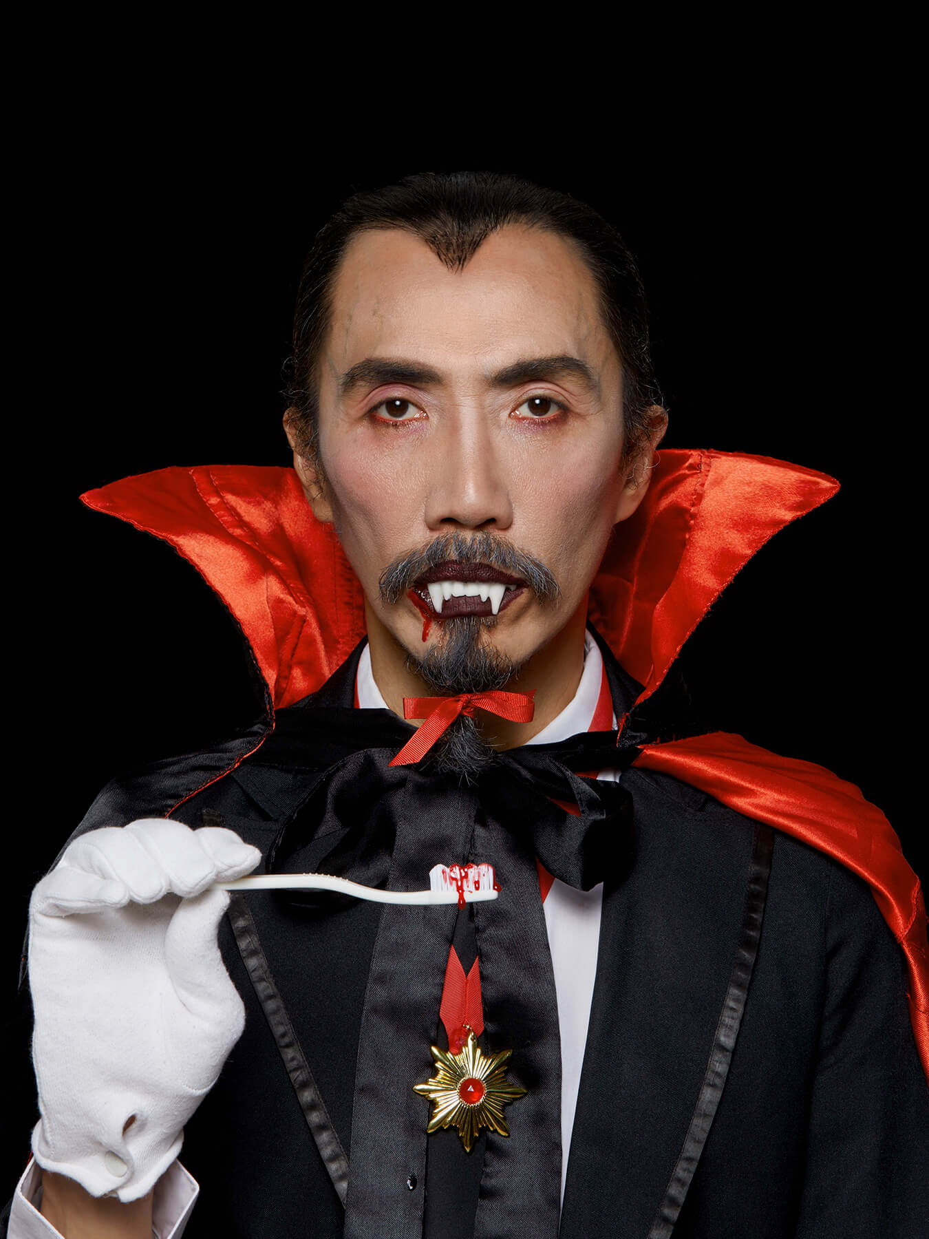 2 NOV 2017 Derong is dressed as Dracula