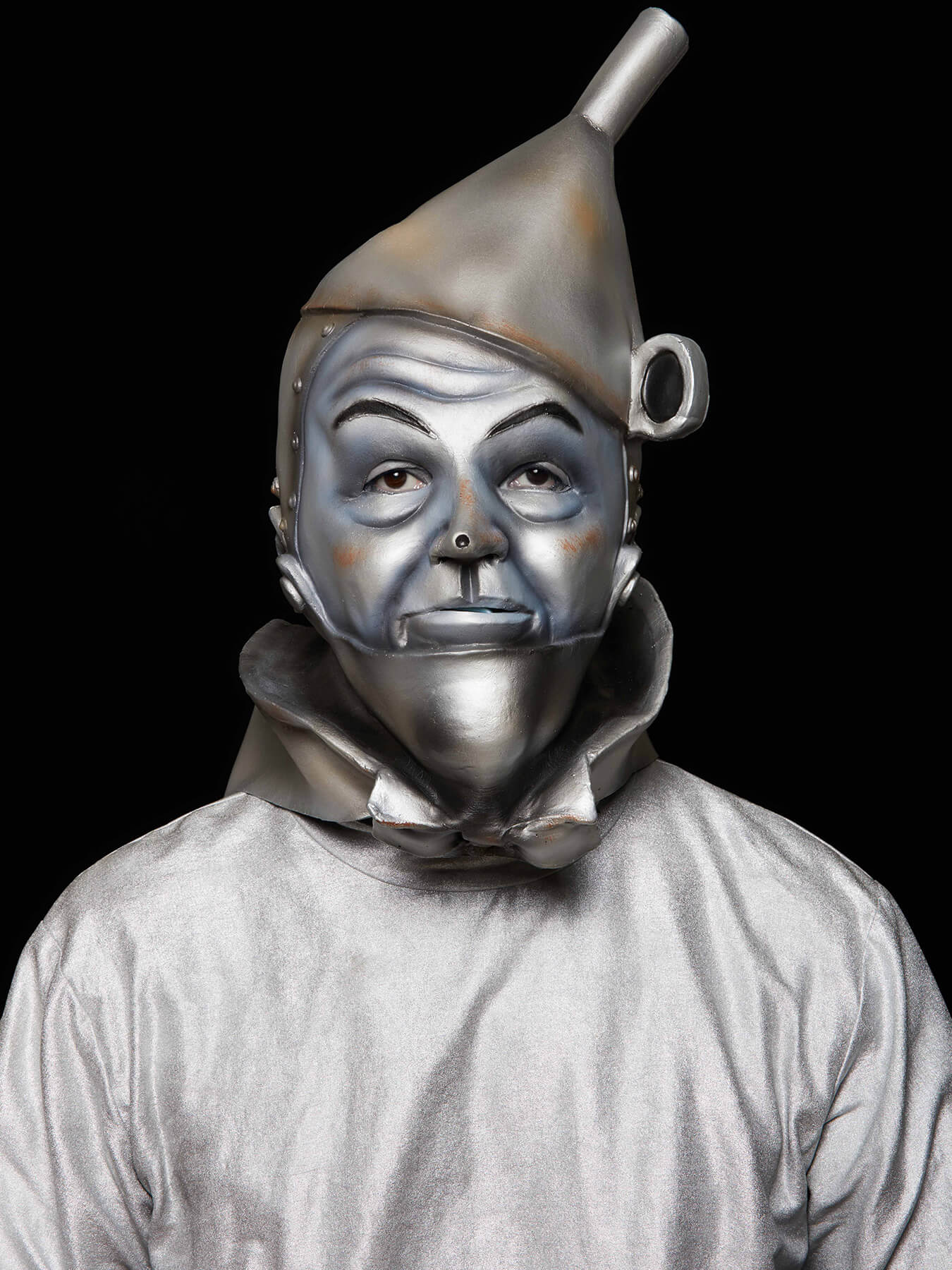 17 Jan 2018 Derong is photographed as Tinman from the wizard of oz