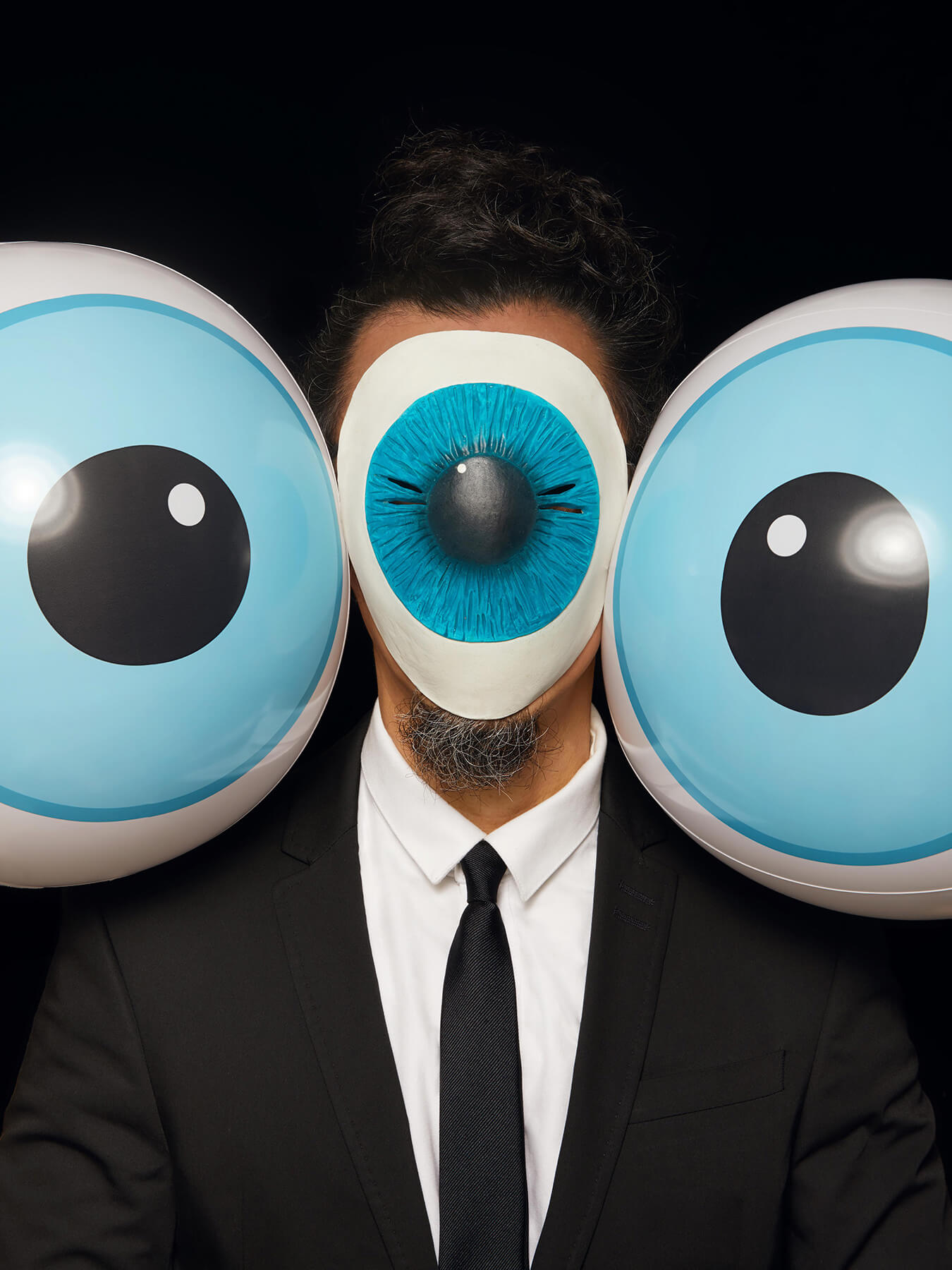 25 Jan 2018 Derong has gargantuan eye rubber balls on his shoulders and a giant eyeball mask on